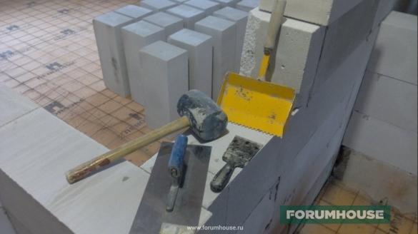Фото набор инструмента для работы с газобетоном