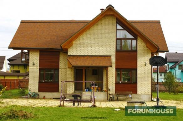Фото комбинированный фасад с планкеном