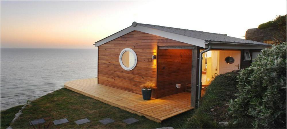 Домик-банька из подержанного морского контейнера