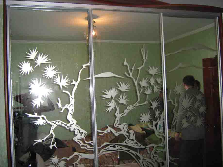 Матирование стекла: делаем эксклюзивной привычную обстановку