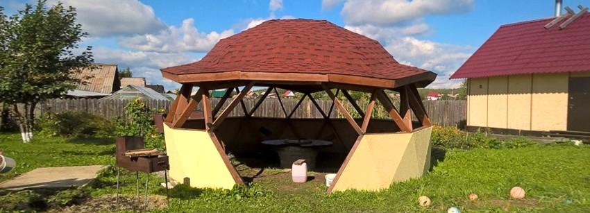 Купольная беседка – оригинальная конструкция на радость домочадцам