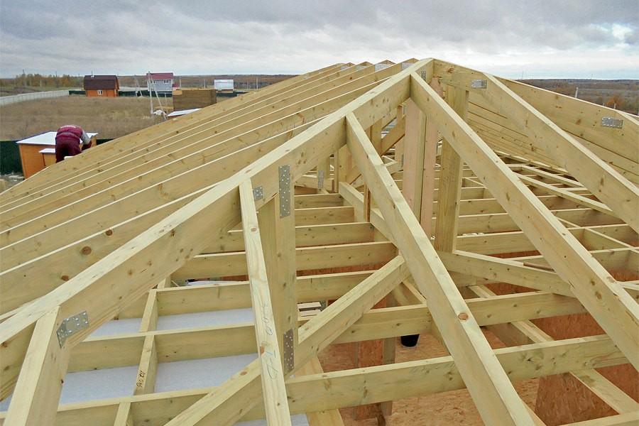 Особенности стропильной системы деревянного и каменного дома
