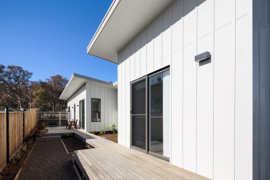 Уютный коттедж для пожилой супружеской пары: архитектурный подход