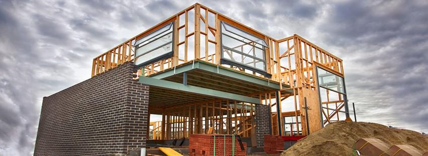 Из чего построить дом: рынок стеновых материалов, реальный опыт