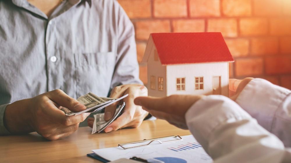 Юристы опасаются, что покупка дома в новых условиях не будет безопасной