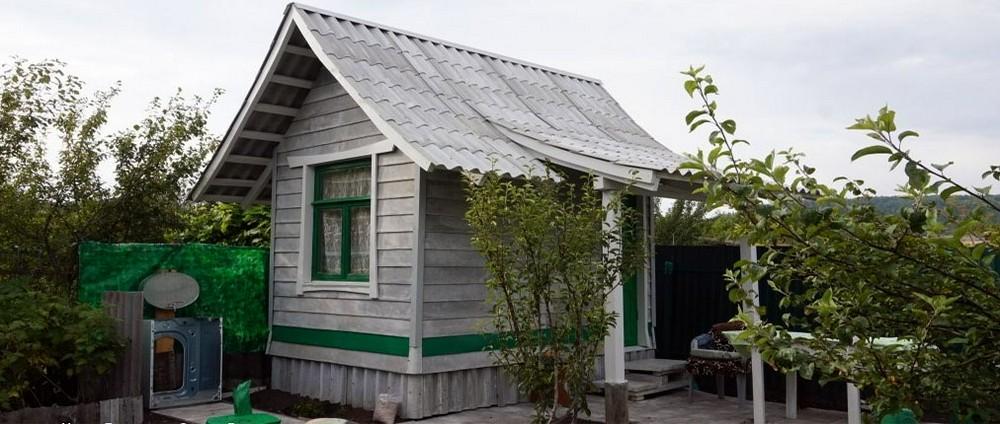 Шиферный домик – микродача в восточном стиле