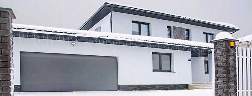 Теплые ворота в гараже и энергоэффективные роллеты: комфорт круглый год