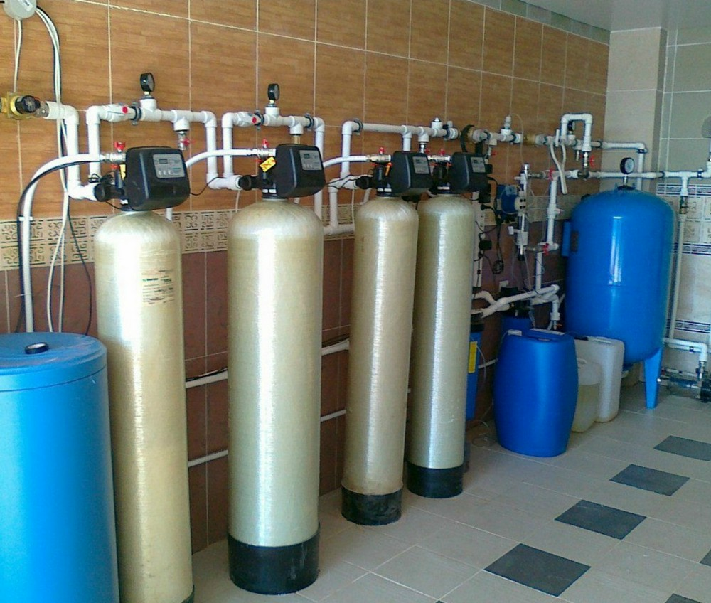 Особенности выбора оборудования для очистки воды в загородном доме