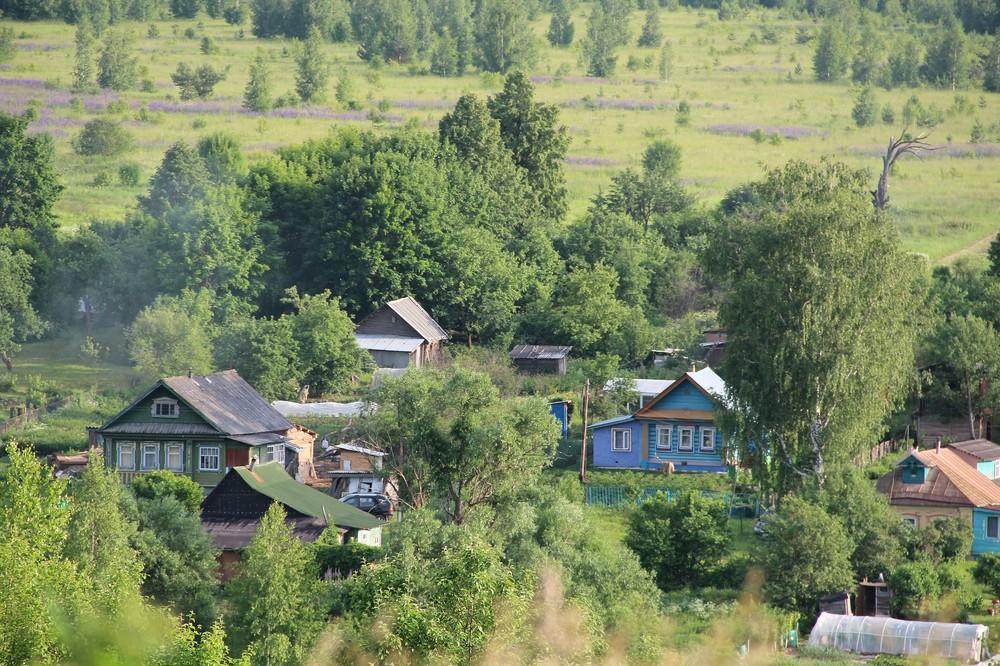 Путин поручил правительству  построить в селах спортивные площадки