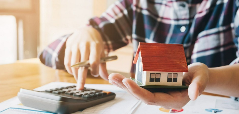 Нужна ли ипотека на ИЖС? Пройди опрос и получи бензопилу в подарок!