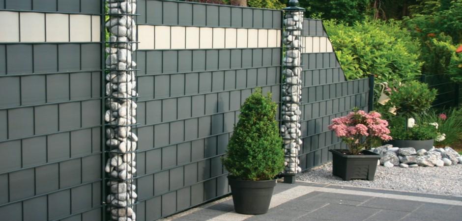 Оригинальный бюджетный забор. Красивый вид и чувство защищенности.