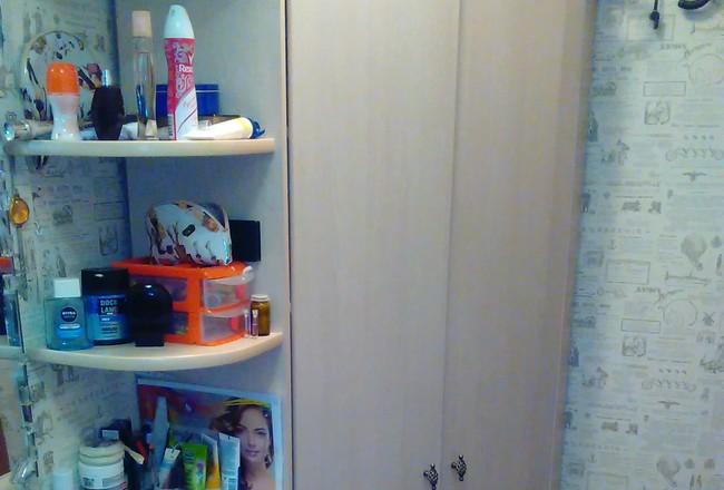 Угловой шкаф коридор
